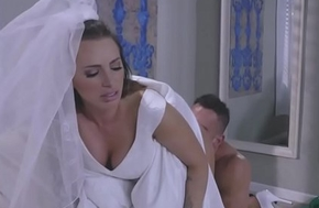 Juelz Ventura rides her anal on top for Johnny Mansion