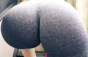 EPIC Round HUGE Ass nearby Tiny Waist plus Cameltoe OMG!