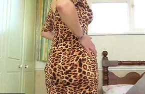 EuropeMaturE Lady Sextasy Showing Off Hot Horde