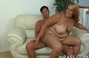 Chubby pretty woman Hippie porn