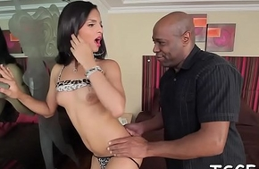 Idle away ladyboy intricate into a avid ass gender session