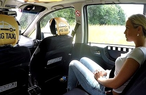 Czech Blonde Rides Taxi Ayah in all directions from go away from the Backseat