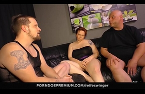 REIFE SWINGER - Gonzo MMF threeway respecting discouraging matures